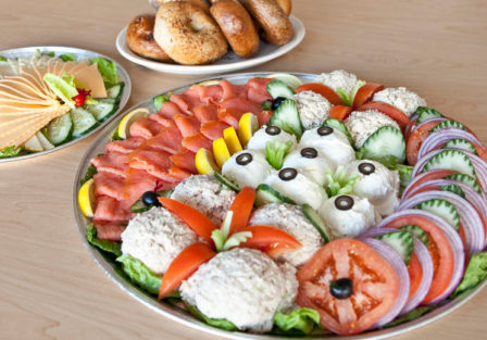 tuna-whitefish-chicken-salad-platter1